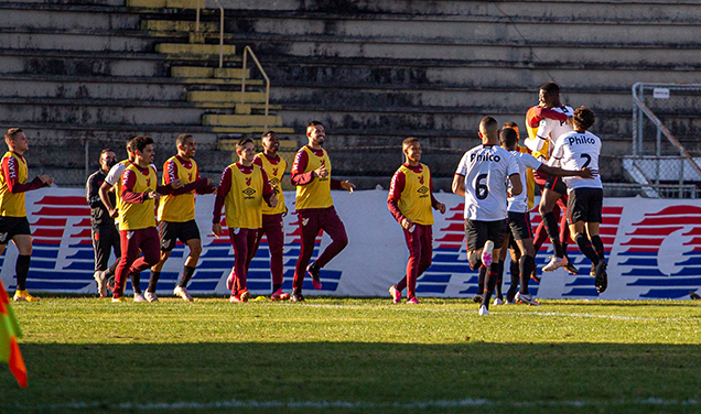Paraná x Atlético Pr.